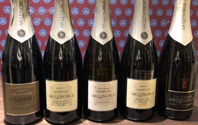 Årsmötet och champagneprovningen